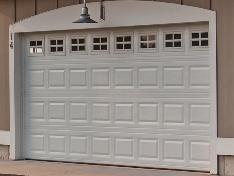 Residential garage doors austin overhead door company for Evergreen garage doors and service